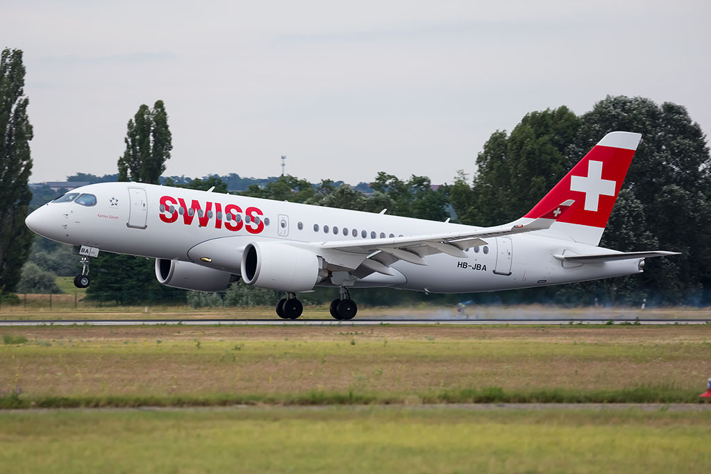 A Swiss első CS100-as repülőgépének első leszállása Ferihegyen. | © AIRportal.hu