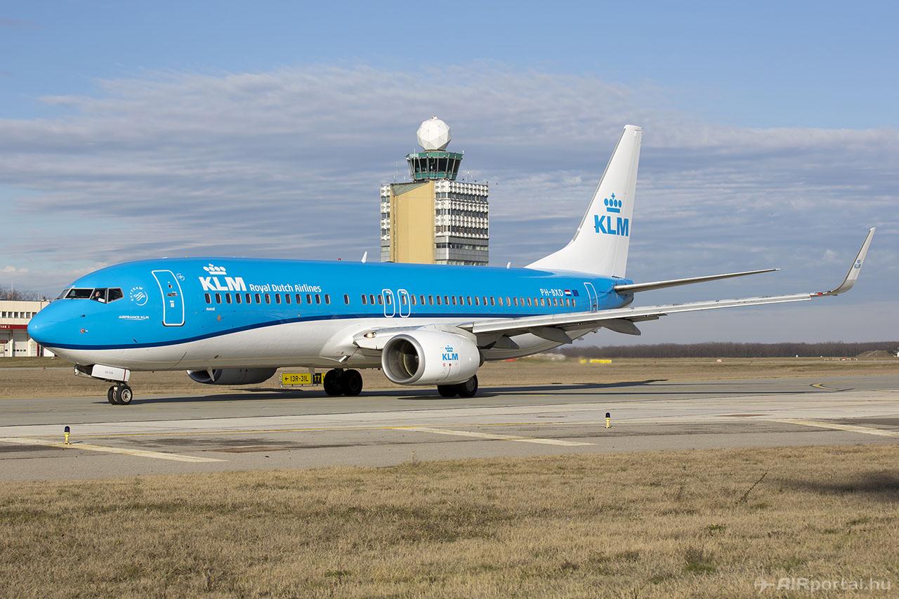 A KLM egyik Boeing 737-ese Budapesten. (Fotó: AIRportal.hu) | © AIRportal.hu
