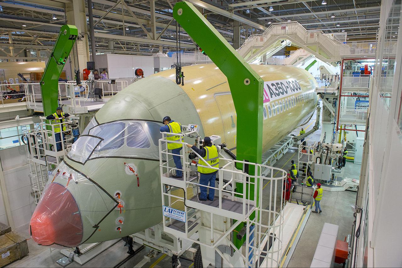 Az Airbus A350-es gyártásának felfuttatása az idei év feladata. (Fotó: Airbus) | © AIRportal.hu