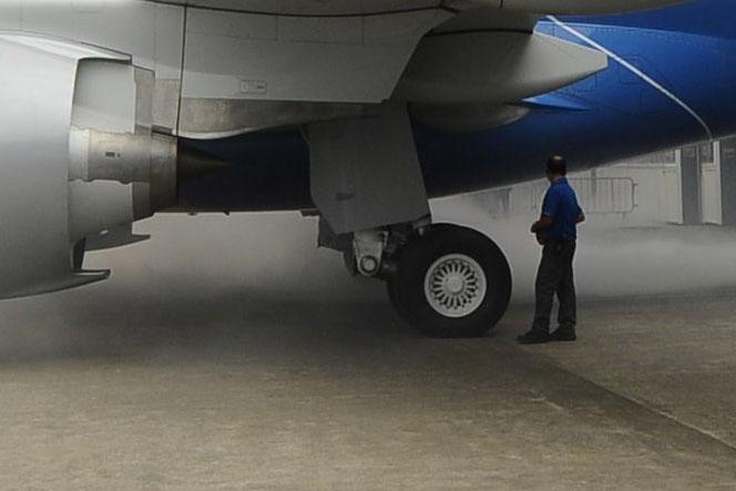 Trailing-link megoldással kialakított főfutó az Embraer új generációs prototípusán. (Forrás: scoopnest.com/jonostrower) | © AIRportal.hu