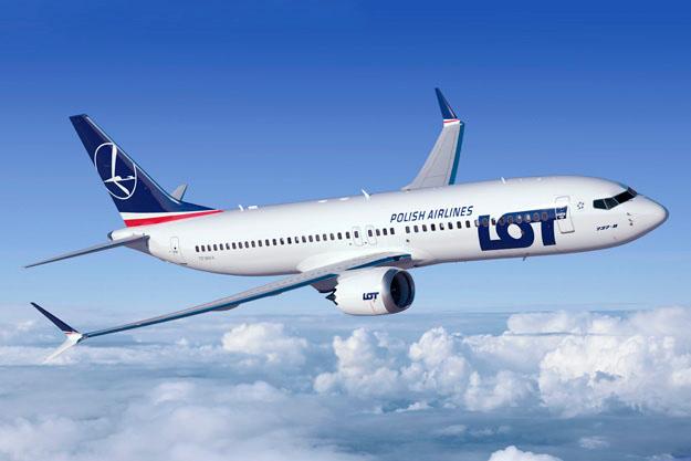 Boeing 737 MAX 8 a LOT színeiben. (Forrás: ALC)   © AIRportal.hu
