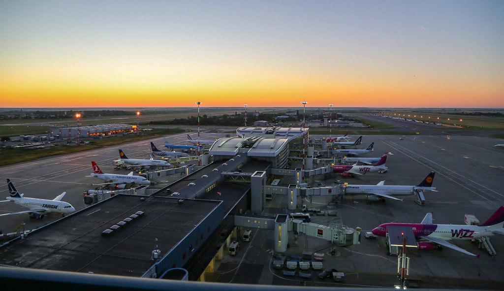 Fotó: Bukarest-Băneasa – Aurel Vlaicu Nemzetközi Repülőtér   © AIRportal.hu