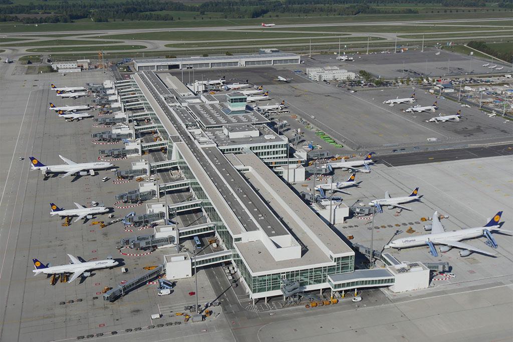 A nemrég Skytrax-díjjal kitüntetett müncheni 2-es terminál új szatelitépülete. A Lufthansa ráerősít a bajor bázisára (Fotó: Lufthansa) | © AIRportal.hu