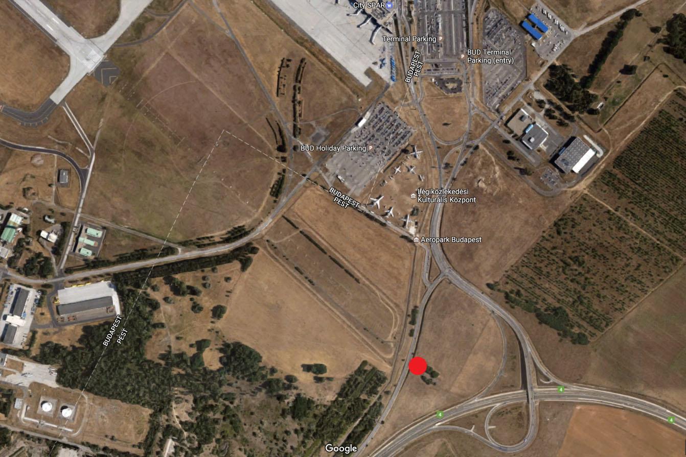 Az új helyszín piros ponttal jelölve a műholdképen. | © AIRportal.hu