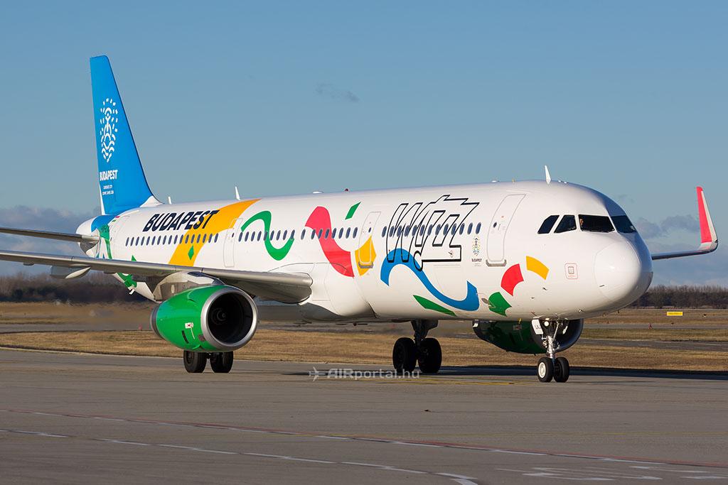 A 2024-es olimpiai pályázatot népszerűsítő repülőgép-festés a Wizz Air HA-LXJ lajstromjelű A321-es repülőgépén. (Fotó: AIRportal.hu) | © AIRportal.hu