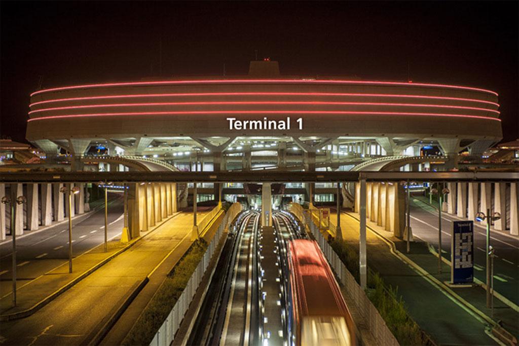 A párizsi Charles de Gaulle repülőtér egyes terminálja. (Forrás: ADP) | © AIRportal.hu