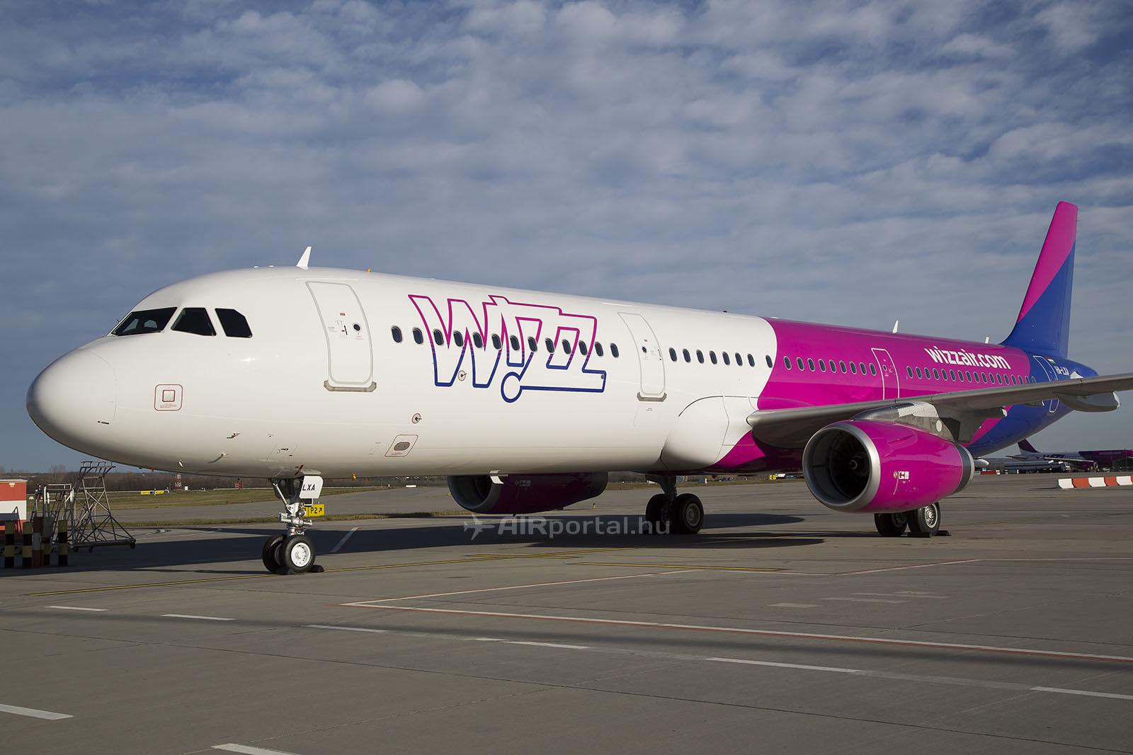 A Wizz Air első A321-es repülőgépe Ferihegyen. (Fotó: AIRportal.hu) | © AIRportal.hu