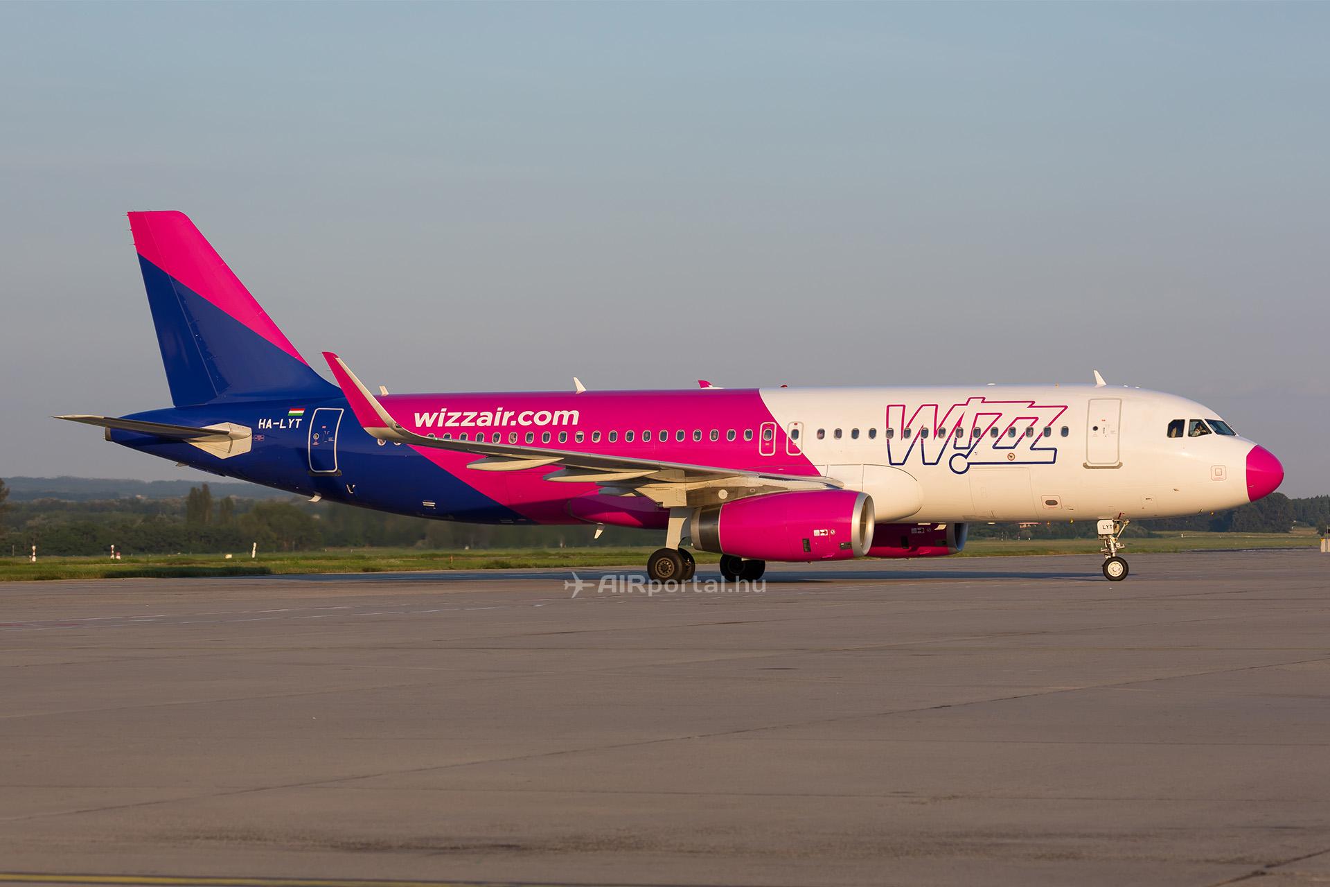 1f7c6ca215d8 Erőszakos utas miatt szakította meg útját Ferihegyen egy Wizz Air járat