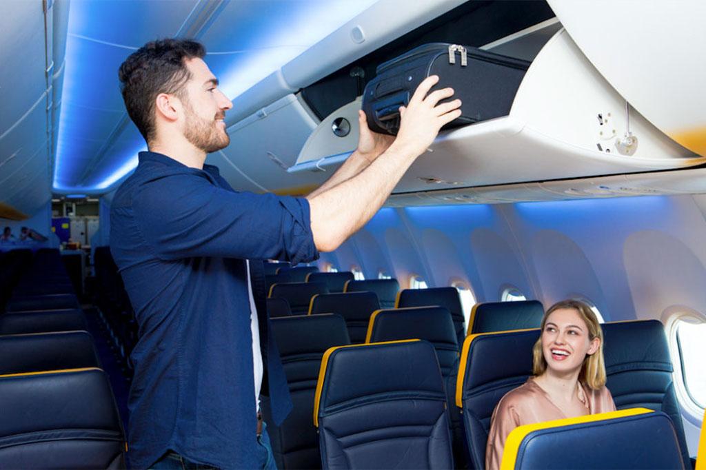 2a3c078a5175 Szorosabbra húzza a nadrágszíjat a Ryanair ami a kézipoggyászokat illeti